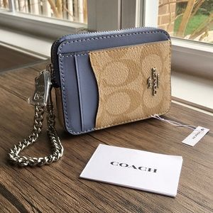 🌺HP🌺 NWT COACH Zip Card Case!!!